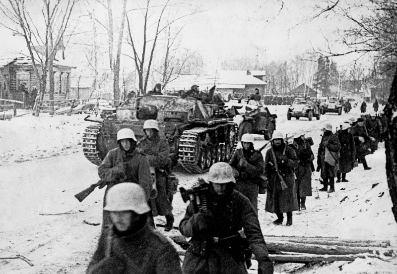 Episode 147-The March to Moscow Part 1